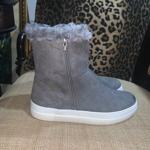 MIA gray faux suede fur ankle boots